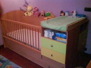 Regalo mueble cuna cama cambiador for Cuna con cambiador