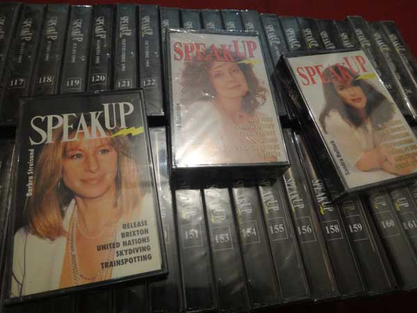 REGALO Cassettes SPEAK UP