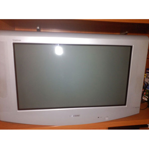 REGALO TV de tubo Sony