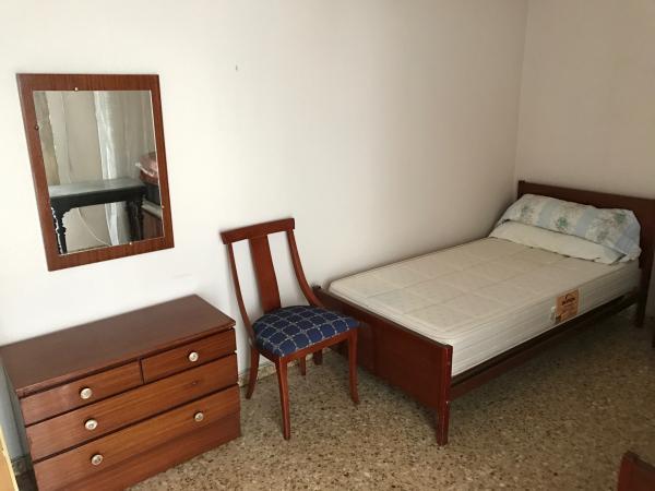Regalo muebles y equipamiento for Regalo muebles valencia