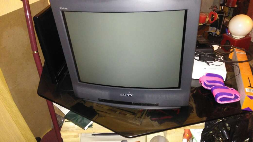 REGALO Tv sony triniton