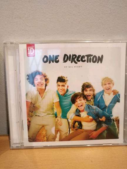 REGALO Cds Justin Bieber y One Direction 3