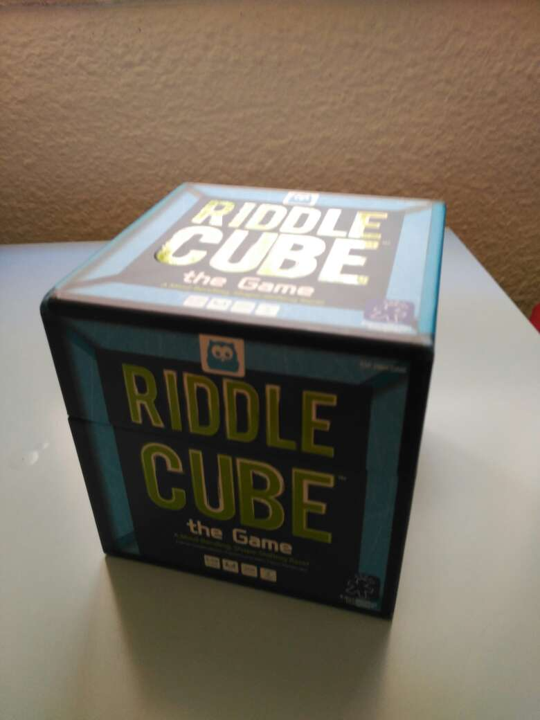REGALO Juego Riddle Cube -