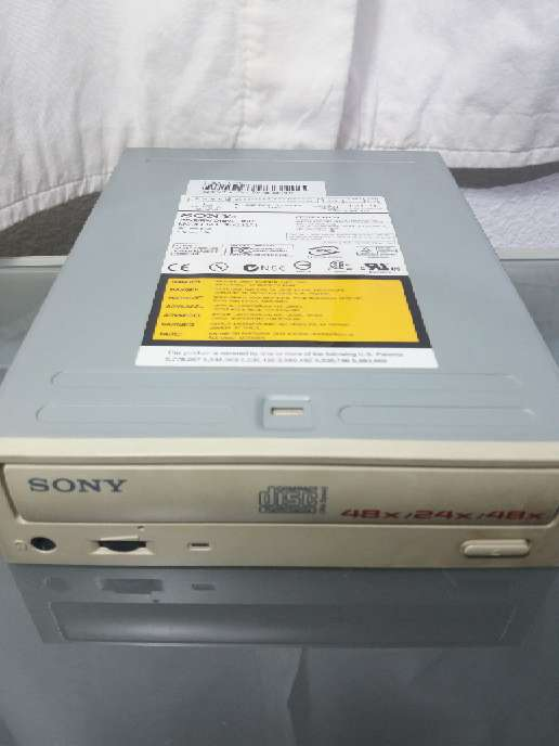 REGALO Grabadora interna SONY CD-R/RW