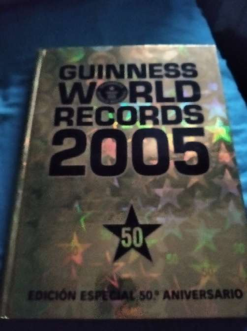 REGALO Libro Guiness World Récord 2005