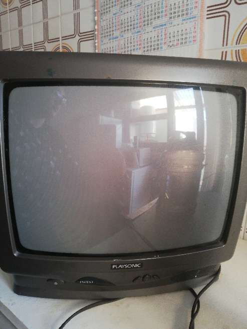 REGALO Televisor antiguo