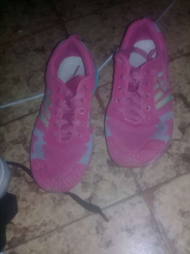 REGALO zapatillas numero 37 rosas
